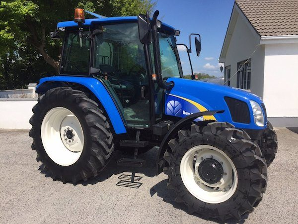 NEW HOLLAND TL100A side view trading secondhand tractors galway