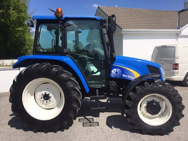NEW HOLLAND TL100A side view tractor parts west ireland