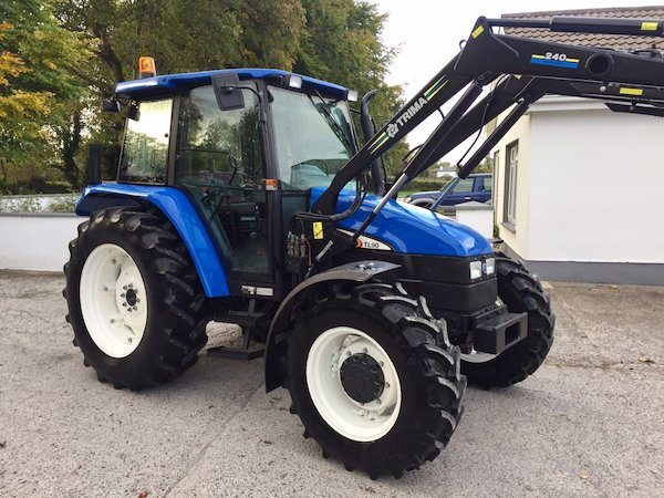 NEW HOLLAND TL90 front side view tractor traders in west ireland