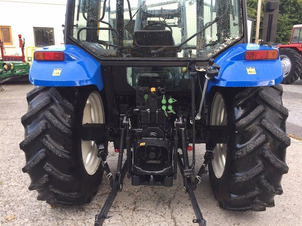 NEW HOLLAND TL90 pto view trading secondhand tractors galway