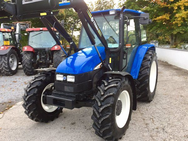 NEW HOLLAND TL90 front view tractor parts west ireland