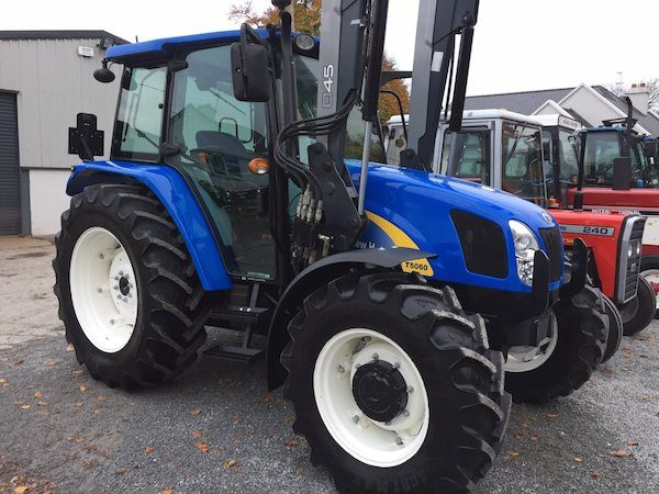 new holland t5060 front side view trading secondhand tractors galway